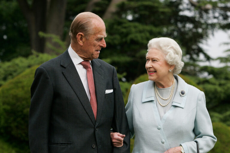 how-the-royal-family-is-paying-tribute-to-prince-philip